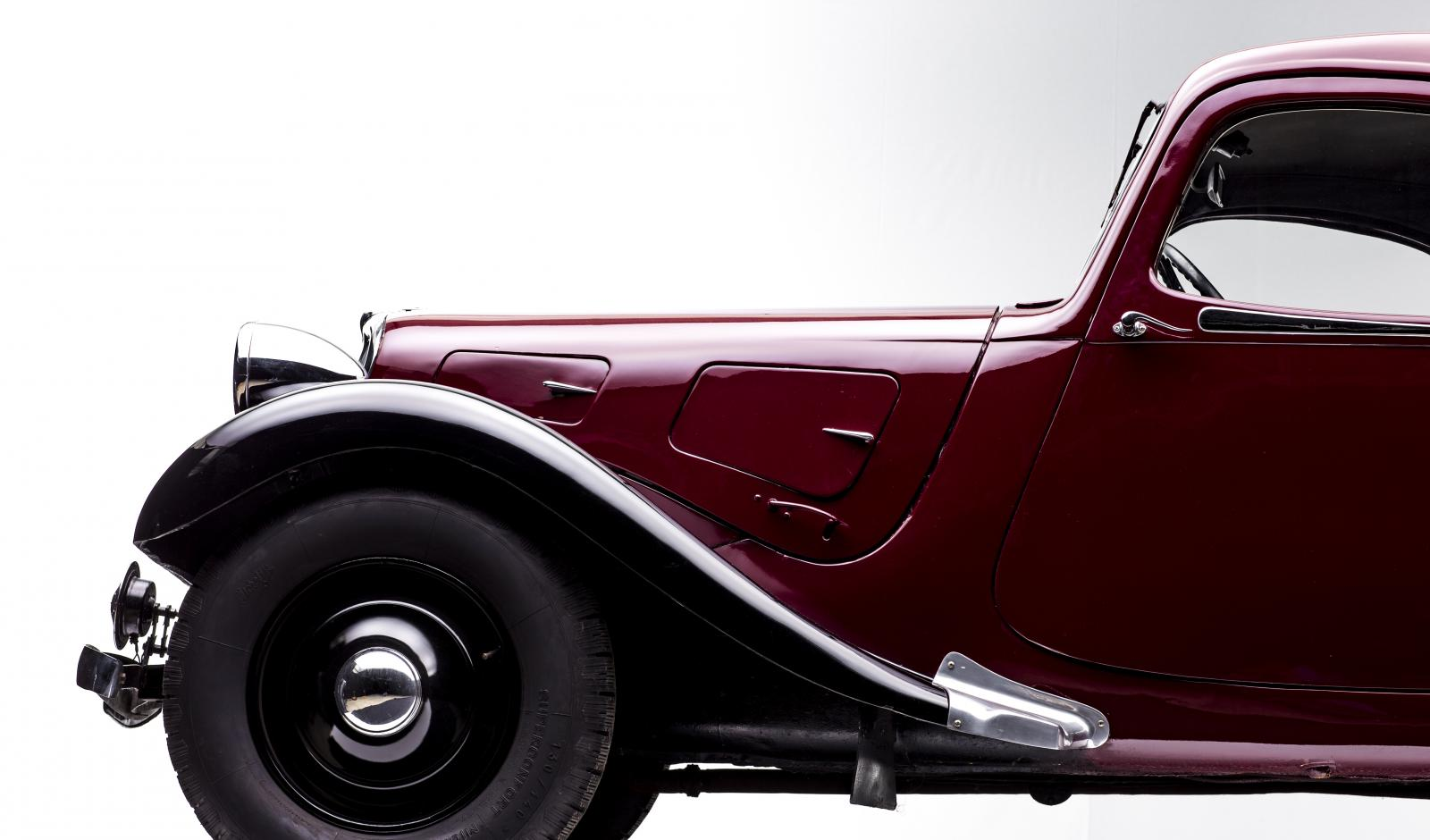 Traction 7B Faux Cabriolet