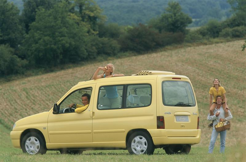 Koncept Berlingo Grand Large, 1996., sa strane straga