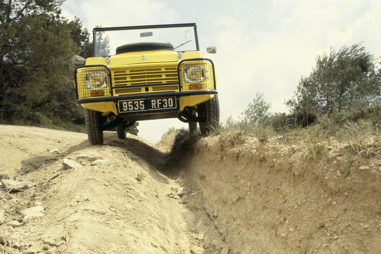 Mehari 4x4 et tests de franchissement