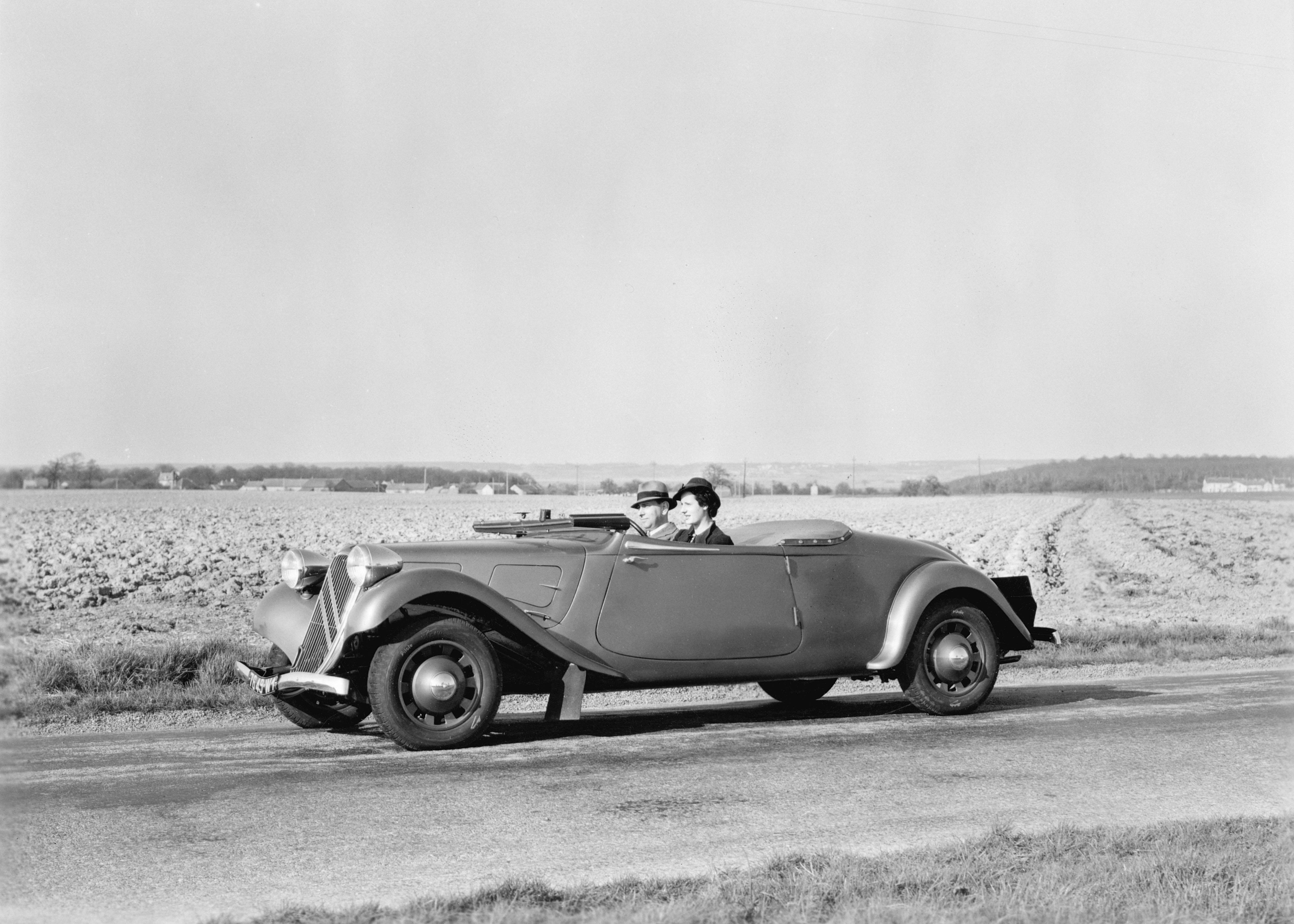 Kabriolet Traction Avant 11