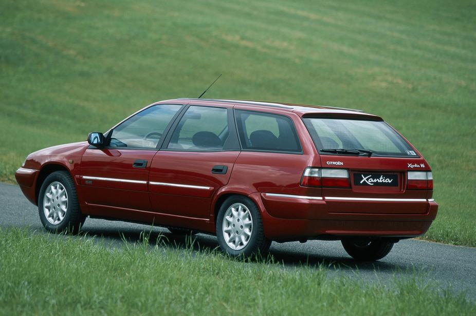 Xantia Break V6 Exclusive, 1998., sa strane straga
